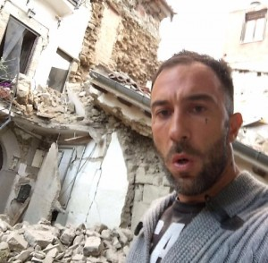 Simone Coccia Colaiuta ci scrive: Pagherete amaramente e molto...il selfie ad Amatrice non gli piace