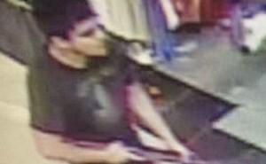 Guarda la versione ingrandita di Burlington (Seattle): sparatoria in centro commerciale, 3 morti e killer in fuga