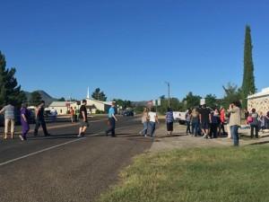 Guarda la versione ingrandita di Sparatoria Texas, fuoco nel liceo Alpine: almeno 1 morto e 2 feriti VIDEO