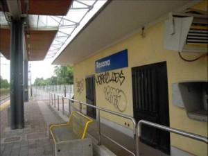 Resana, si getta sotto il treno a 25 anni: suicida per una delusione d'amore