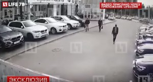 YOUTUBE Russia: rubano 4 suv in meno di un minuto