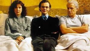 La locandina di Tanguy, il film francese che racconta la generazione dei 30enni ancora a casa con i genitori