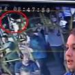 YOUTUBE Turchia, picchiata sul bus perché indossava i pantaloncini 4