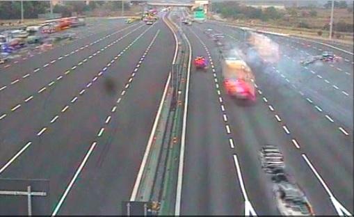 Rondissone, VIDEO del Tir che piomba su auto ferma e fugge