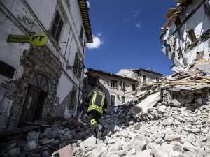 Terremoto, frana minaccia la Salaria: corsa contro il tempo per fermarla