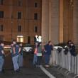 Vaticano, uomo sfonda transenne a Piazza San Pietro FOTO 3