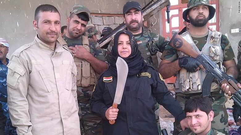 """Wahida, casalinga anti Isis: """"Io cucino le loro teste""""02"""