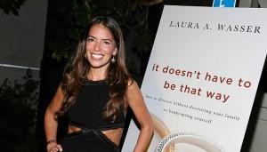 Brad Pitt, Angelina Jolie si affida a Laura Wasser, la regina dei divorzi di Hollywood