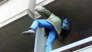 Guarda la versione ingrandita di Firenze, a 14 anni tenta furto: ma sono gli uffici della polizia