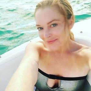 Lindsay Lohan, incidente in barca: mozzato l' anulare sinistro