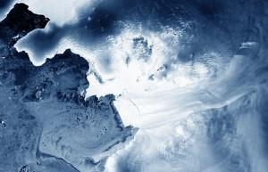 Antartide, ghiacciaio Thwaites si sta sciogliendo e potrebbe sommergerci