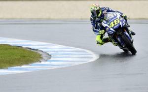 MotoGP Australia, Valentino Rossi secondo nelle libere: poi penalizzato