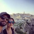 Ambra Angioini in piazza di Spagna col nuovo fidanzato Lorenzo Quaglia4