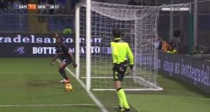 Guarda la versione ingrandita di Sampdoria-Genoa, Goal Line Technology in confusione: vibrazione anomala