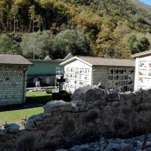 Terremoto 30 ottobre, a Castelsantangelo bare escono da loculi66