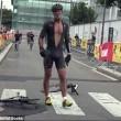 Jeremy Santucci, scatto d'ira durante gara2