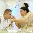 Matrimonio rom dura 4 giorni: sposa con abito da 200mila euro