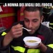 Nonna bolognese con Le Iene porta tortellini a pompieri Amatrice4
