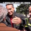 Nonna bolognese con Le Iene porta tortellini a pompieri Amatrice7
