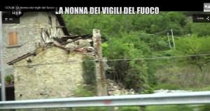 Nonna bolognese con Le Iene porta tortellini a pompieri Amatrice 111
