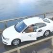 Prova ad attraversare fiume con auto e resta bloccato VIDEO drone3