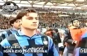 VIDEO - Francesco Totti con maglia Inter prima di Roma-Inter del 1995