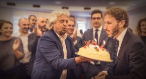 Guarda la versione ingrandita di Beppe Grillo a Roma incontra M5s (ma non Raggi):