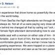 """""""Quando è sexy"""", dice il passeggero: hostess lo fa scendere dall'aereo"""