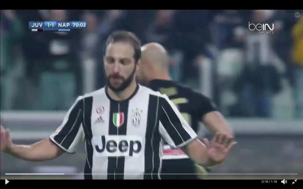 Juventus-Napoli 2-1, Gonzalo Higuain non esulta dopo il gol