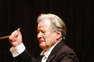 Neville Marriner morto, grande violinista e direttore d'orchestra