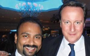 Guarda la versione ingrandita di Subaskaran Allirajah dona un milione ai conservatori di Cameron e in Sri Lanka piovono aiuti