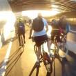 Tamponamento tra ciclisti sulla autostrada per le bici3