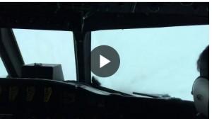 Aereo in volo nell'uragano Matthew: ecco cosa vedono i piloti