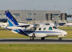 Ciampino, atterraggio d'emergenza per piccolo aereo: tutti illesi