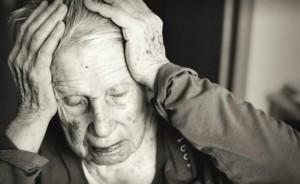 Alzheimer si cura già nella pancia della mamma