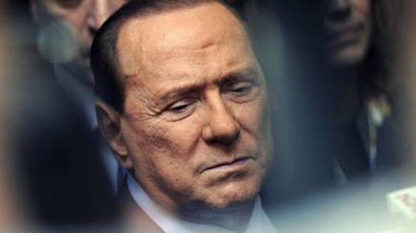Berlusconi, malore a New York. E' giallo: dimesso ma resta in Usa