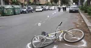 Marsala: dodicenne in bici travolto da auto pirata, è in coma