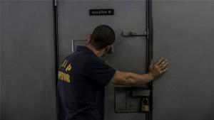 Brasile, rissa tra bande rivali in carcere: 25 morti decapitati e bruciati vivi