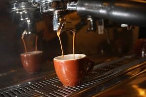 Guarda la versione ingrandita di Caffè, quanti ne devi bere al giorno per morire? Sito lo svela