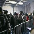 Calais, migranti sgomberati dalla Giungla dopo notte di scontri e tensioni con la polizia FOTO VIDEO 5