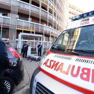 Milano: 18enne peruviana litiga con gli zii e si lancia dal balcone