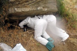 Palermo, cimitero di mafia in una grotta: 7 cadaveri, chi sono?