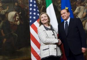 Wikileaks, quella volta che Berlusconi pianse con Clinton