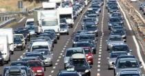 VIDEO YOUTUBE Code e traffico, la guida per evitare ingorghi. Basta un guidatore che…