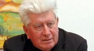 Don Trevisiol, il parroco del sì a clero sposato e donne-prete