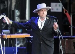 """Premio Nobel, Bob Dylan rompe il silenzio: """"A Stoccolma vado se posso"""""""