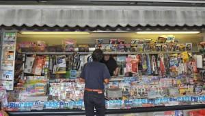Guarda la versione ingrandita di Vendite giornali agosto 2016: Repubblica e Corriere gara a perdere. Chi arriverà per primo sotto quota 200 mila?