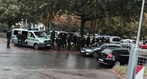 """Guarda la versione ingrandita di Allarme terrorismo in Germania: tutta Chemnitz chiusa per """"grave minaccia"""""""