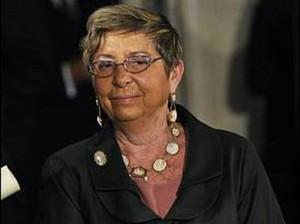 Nonna padrona, il giudice le toglie l'azienda