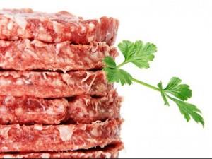 Guarda la versione ingrandita di Francia: hamburger e polpette contaminati con E. Coli. Ecco quali lotti
